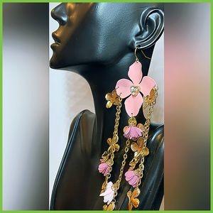 🏷 🆕 Noir Gorgeous Flower Tassel Earrings